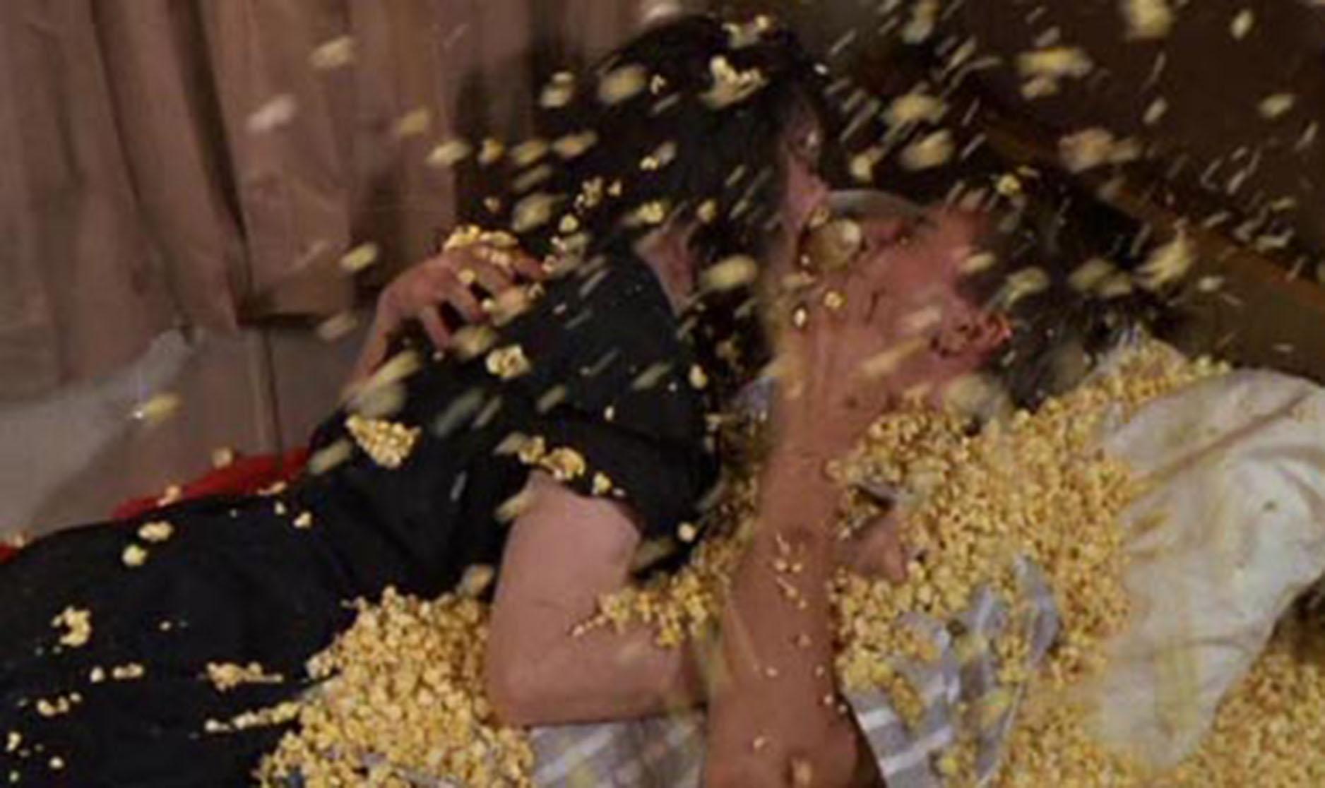 Troll2_Deborah+Reed_Popcorn+scene