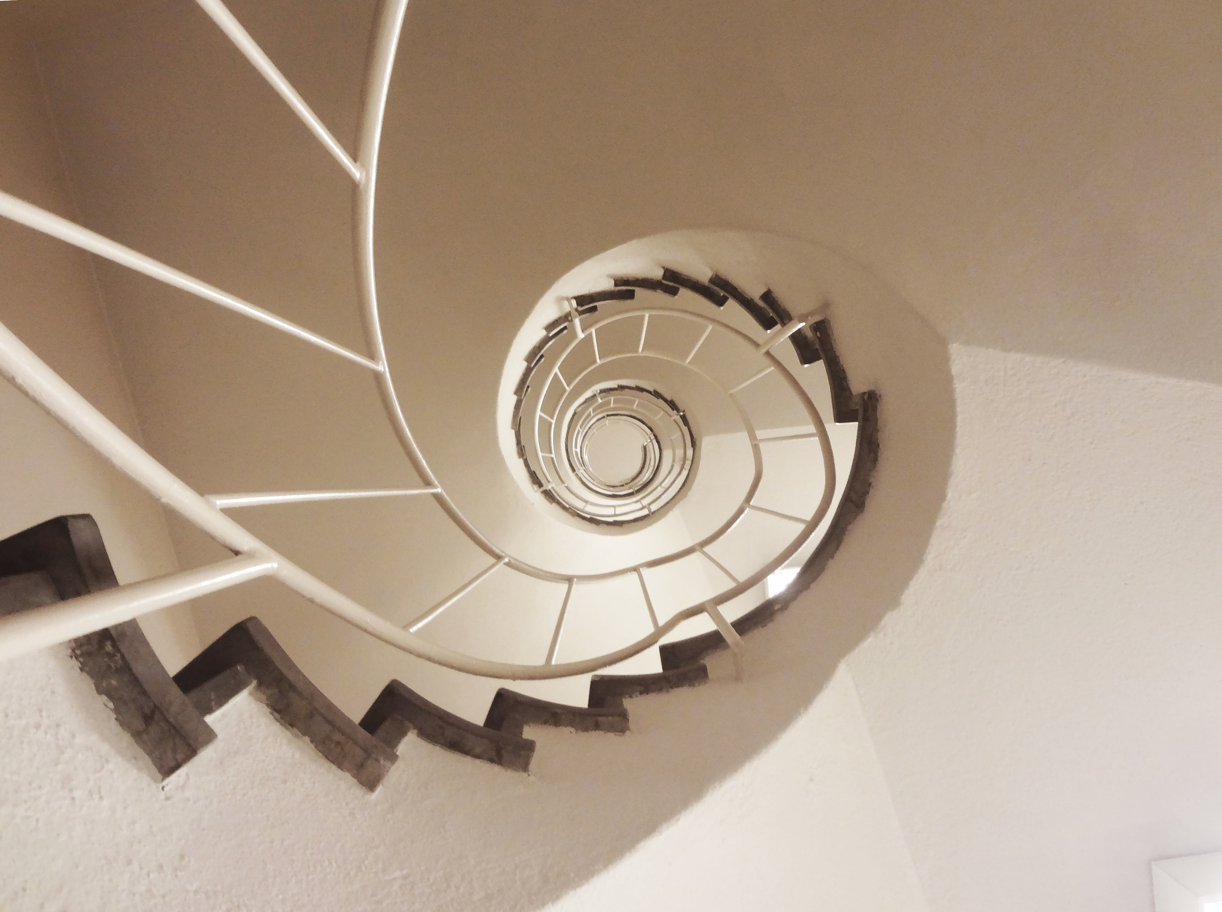 contemporary-modern-curved stairs - 3