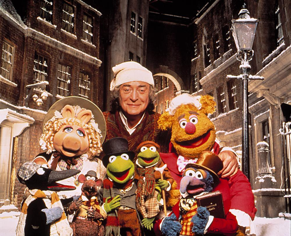 MUPPET CHRISTMAS CAROL, Miss Piggy, Michael Caine, Fozzie Bear, Kermit, Gonzo, 1992