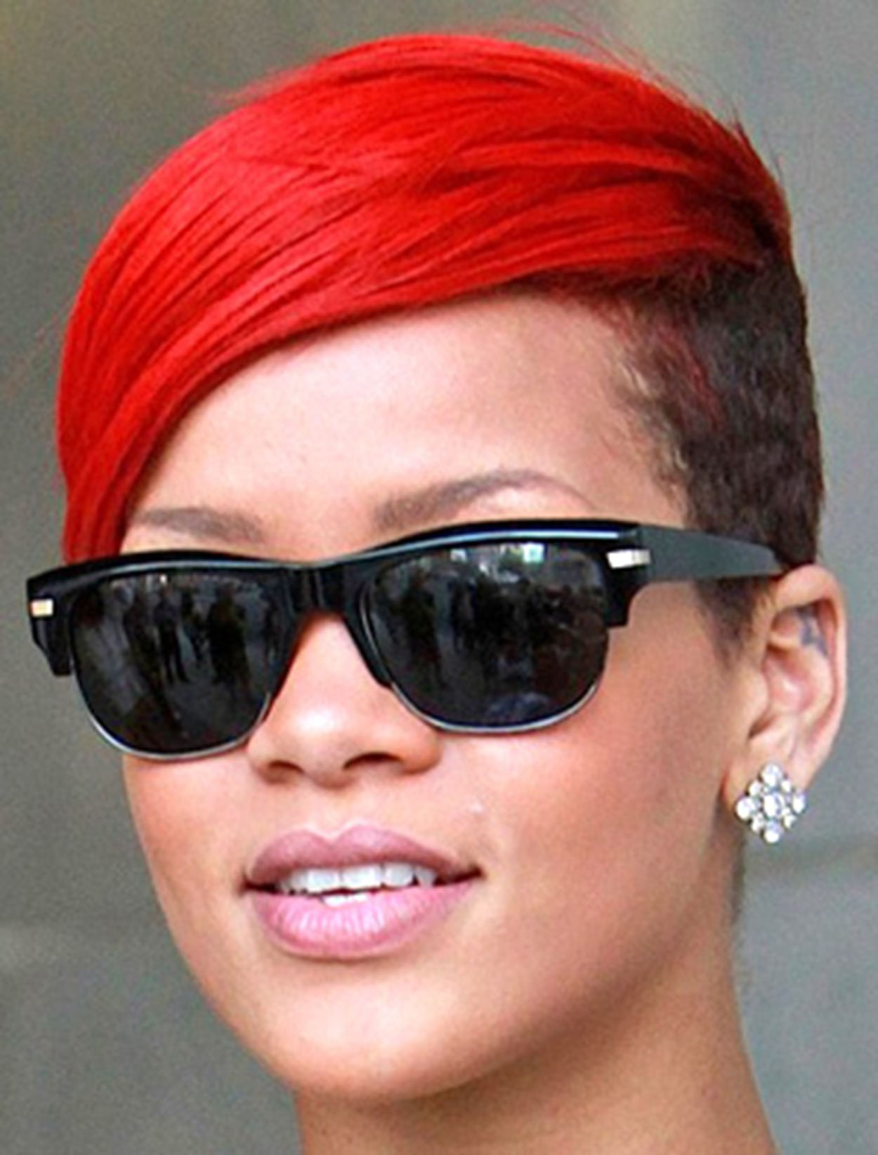 e3c2b27f0b1 17 Celebs Rockin  Their Peepers in Oliver Peoples Eyewear! - Deba Do ...