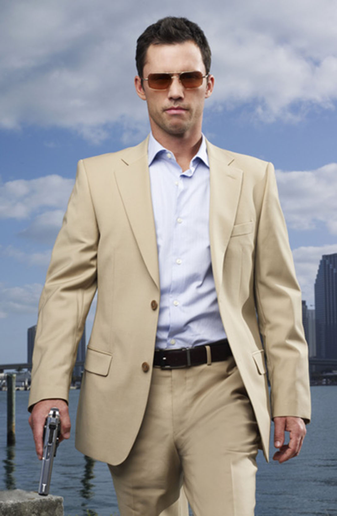 -Victory-Jeffrey-Donovan-oliver-peoples-sunglasses_the+spectacle-trolley+square-salt+lake+city-DebaDoTell