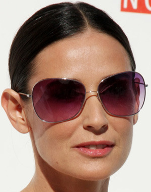 demi-moore-oliver-peoples-sunglasses_the+spectacle-trolley+square-salt+lake+city-DebaDoTell